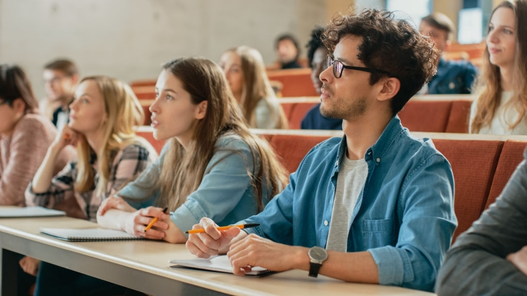 academia madrid universidad